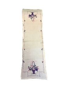 Vintage 1950#x27;s Embroidered Cotton Table Runner Bouquet Design 37quot; x 11quot;