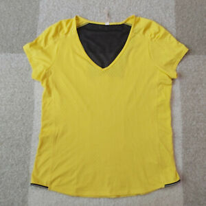 Lucy Women's L Athletic Running Short Sleeve T Shirt V Neck Mesh Size Large $16.95