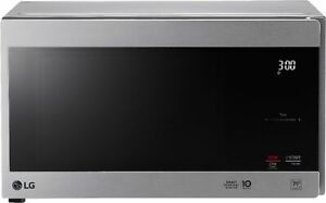 Open-Box Excellent: LG - NeoChef 0.9 Cu. Ft. Compact Microwave with EasyClean...