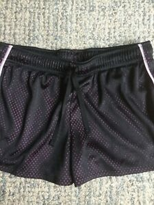 EUC UNDER ARMOUR GIRLS Youth XL Black and Pink MESH Loose Fit, Athletic shorts $4.90