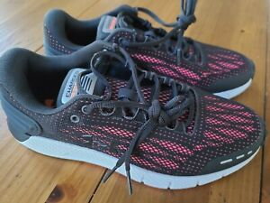Under Armour Womens Charged Rogue Running Shoes Size 8 3021247 105 Black Pink $39.95