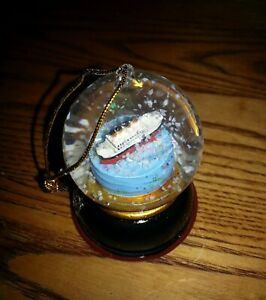 Souvenir TITANIC Ship Model Snow Globe Tree Ornament from the Titanic Museum