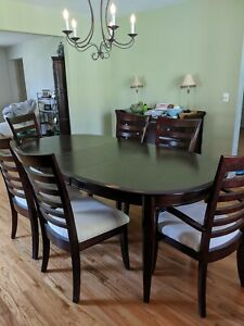 Cherry wood dining table with leaf and 6 cushioned chairs - Pick Up ONLY