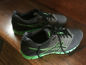 ASICS Men's sz 10  Running Shoes GEL Quantum 180 clean very nice  $39.00