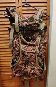 Cabela#x27;s Seculsion 3D Scent Lok Camo Hunting Backpack Excellent Condition