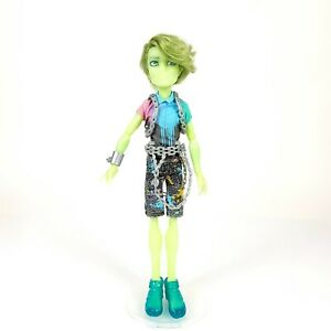 Monster High Haunted Porter Geiss Student Spirits Doll Chains Green Ghost $24.95