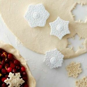 Williams Sonoma Snowflake Cookie amp; Pie Cutters $30.00