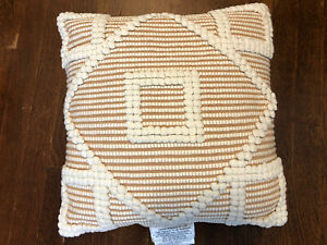 Opalhouse Diamond Square Throw Pillow 18 in X 18 in Neutral Cream $12.99