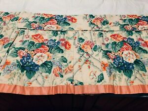 CUSTOM MADE VINTAGE FLORAL CHINTZ PLEATED DAY BED TWIN SKIRT WITH 14quot; DROP $150.00