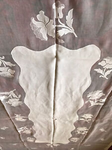VTG White Madeira Organdy Hand Embroidery Floral Applique Tablecloth 106quot; MINT $70.00