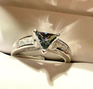 Size 8 Estate Trillion Cut Alexandrite amp; Sapphire Engagement Ring