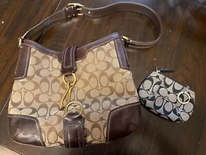 Coach purse and coin purse Great condition brown medium size