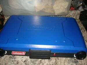 Coleman Model 9921 Propane Camping Grill Stove blue NICE NICE WORKS