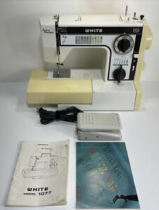 """Vintage White Sewing """"Jeans Machine"""" With Foot Pedal Model 1077 Tested Working $115.00"""