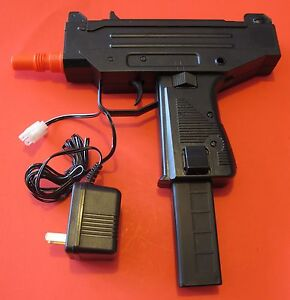 UZI Auto Electric Airsoft Gun with Rechargeable Battery and Battery Charger $16.95
