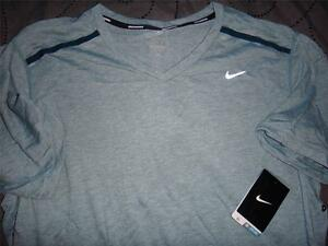 NIKE RUNNING TOUCH TAILWIND V NECK DRY FIT SHIRT SIZE 2XL MEN NWT $50.00 $29.99