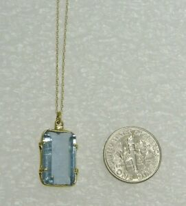 WONDERFUL! 14K YELLOW GOLD BLUE TOPAZ PENDANT NECKLACE 18 INCH CHAIN N288-E