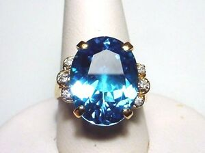 Charming Blue Topaz Solid 14-kt Gold Ring Magnificent Bold Rare-find (#2293)