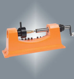 Lyman Universal Case Trimmer with Carbide Cutting Heads  7862009