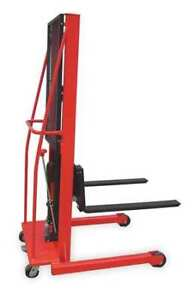 DAYTON 2MPT8 Fixed Base Hydraulic Stacker Load Cap. 1000 lb.
