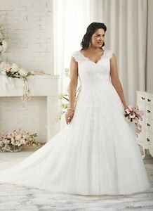 2018 New Plus Size WhiteIvory Bridal Gown Beaded Wedding Dress Stock Size:14-26