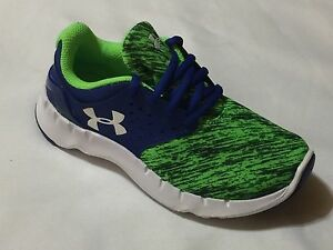 New in box Under Armour boy's Pre -School UA Flow Running Shoes - 1265339-420