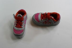 Girl's Toddler Infant Under Armour Tennis Shoes US 6