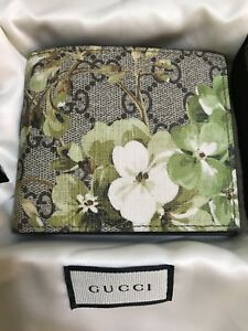 Gucci Men's Bifold Wallet GG Blooms Authentic Green Canvas Black leather