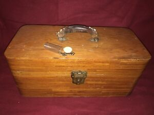 Vintage The Seamaster Driftwood Co. Salt Water Fishing Tackle Box w 2 Keys Lures