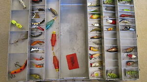 VINTAGE LOADED MY CADDY TACKLE BOX 19