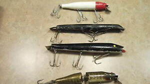 VINTAGE LOT OF 4 WOOD MUSKY BASS LURES