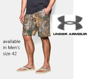 Under Armour Men's sz 42 Realtree Xtra Camo Fish Hunter Cargo Shorts 1257516-946