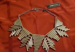 BCBG MAX AZRIA ABSTRACT METAL STATEMENT NECKLACE