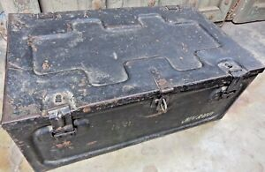 Militaria & army Metal trunk Weapon storage ammunition or cartridge box India