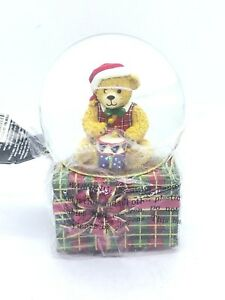 Christopher Radko Musical SNOWGLOBE Nobel Bear 100M We wish you a Merry Christ.
