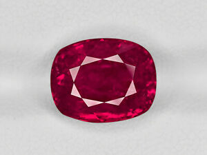 Ruby - 6.55 ct - Burma - Cushion - with SSEF certificate