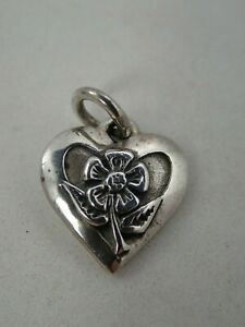 Jeep Collins 925 Sterling Silver Flower in Heart Pendant