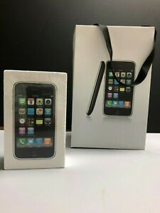 Collectors item. Apple iPhone 1st Generation 3G 16GB (AT&T) White NEW - SEALED