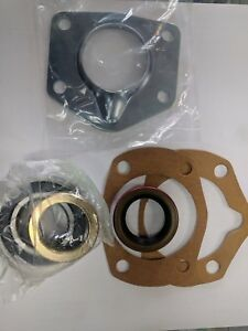 1965-66 Mustang Axle Shaft Install Kit, Bearings seals gaskets retainers 8