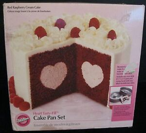 WILTON HEART TASTY-FILL CAKE PAN VALENTINE NO. 2105-157 TWO PANS