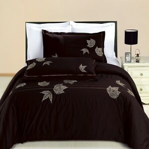 Newbury Embroidered Cotton Cozy and Soft 3 Piece Duvet Cover 300 TC Set