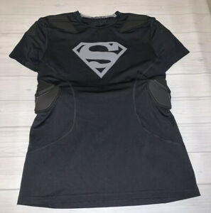 Under Armour Army Of 11 Padded Superman Shirt Heat Gear Boys Youth XL Black $14.99