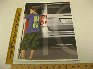 2015 Chrysler Town Country Limited Platinum Touring Deluxe Brochure 31pg BR116 $10.18