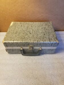 Vintage Cloth Sewing Case With Extras $14.95