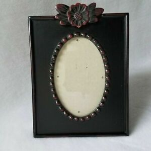 Victorian Ornate 3-D Style Flower Oval Center Resin Picture Frame