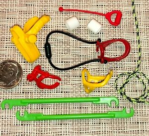 e1 PLAYMOBIL Pick 1 PONY BRIDLE REINS HANDLE HITCHING TRACES HARNESS ROPE SOCKS $1.19