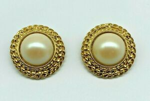 VINTAGE LES BERNARD SIGNED FAUX PEARL GOLD TONE CLIP ON EARRINGS $19.99
