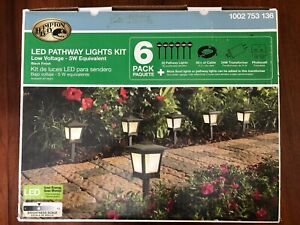 Hampton Bay LED Pathway Lights 6 Pack Open Box 1 Connector Broken 1002753136
