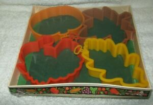 Cookie Cutter Set Fall Theme 4 Cookie Cutters New in Package $6.00