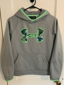 boys under armour hoodie large $12.99